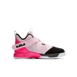 Nike Lebron Soldier 12 size GS 5Y